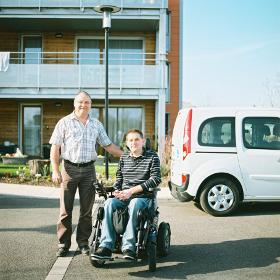location de voitures adapt es aux fauteuils roulants pmr toulouse. Black Bedroom Furniture Sets. Home Design Ideas